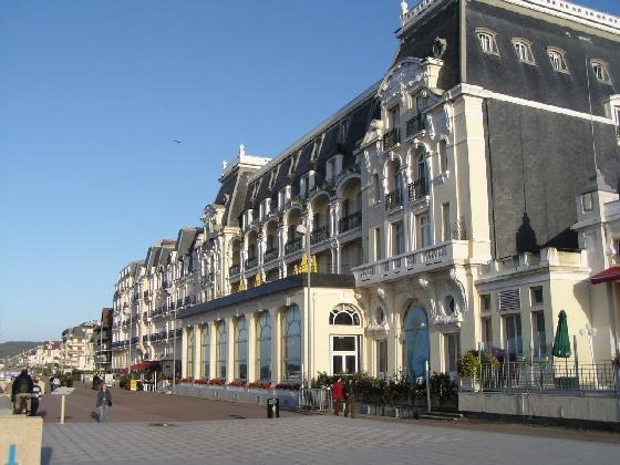 Grand_Hotel_in_Cabourg_Cabourg
